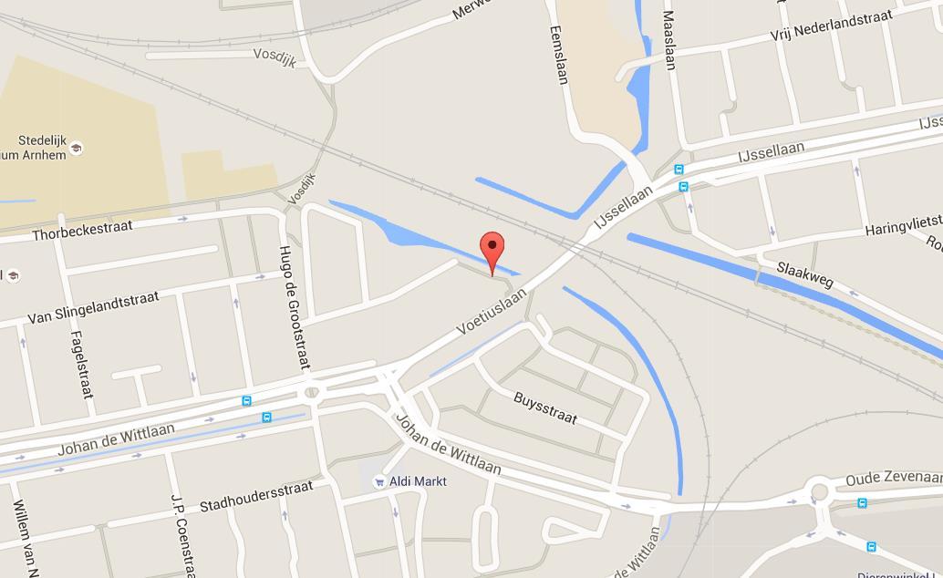 Arnhemmers gewond na ontploffing container, politie zoekt getuigen