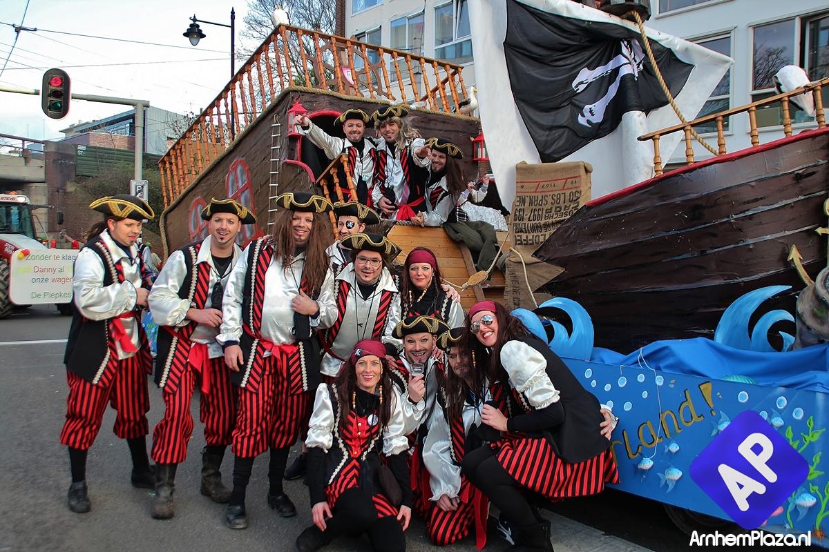 Carnavalsoptocht Arnhem live op ArnhemPlaza.nl