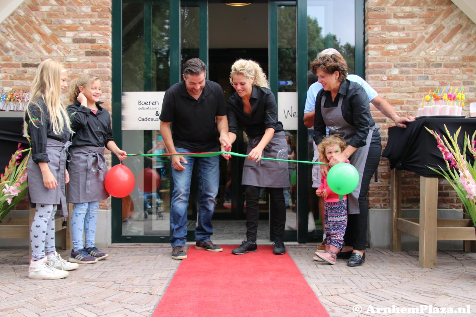 Landwinkel IJsseloord geopend