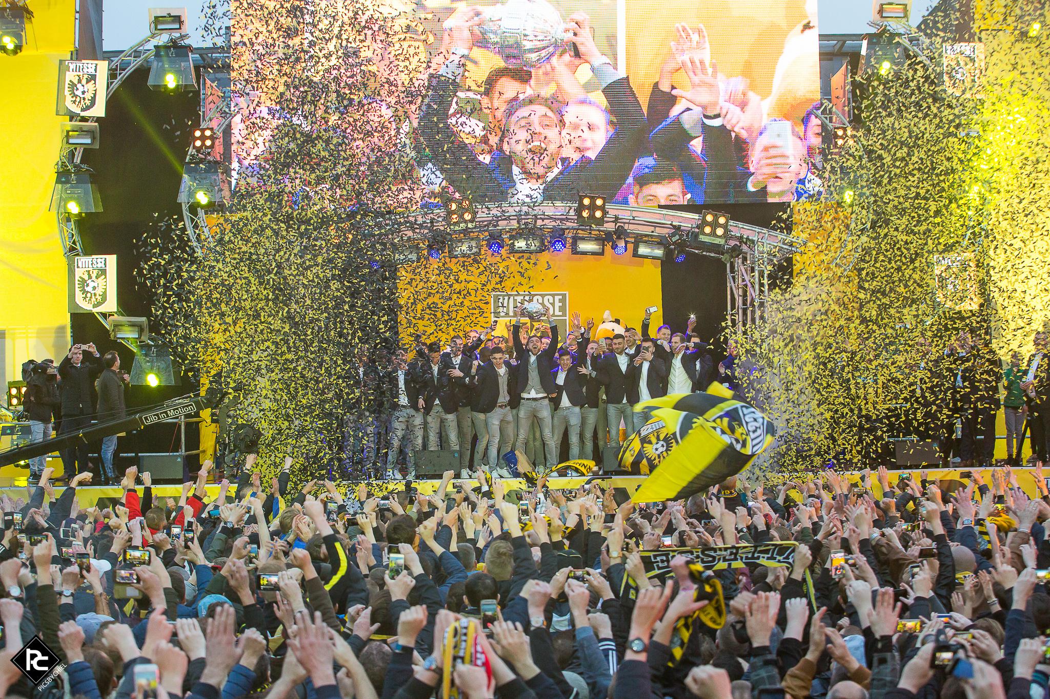 Arnhem in geel en zwert, groot feest in Arnhem