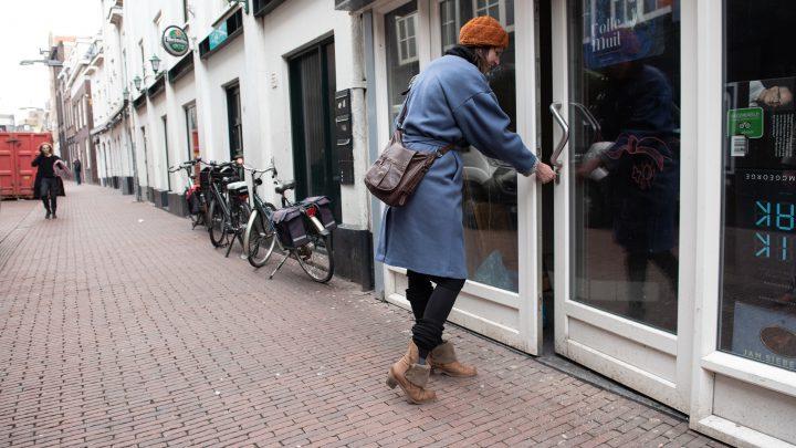Tijdelijke invulling twee voormalige horecapanden in de Varkensstraat