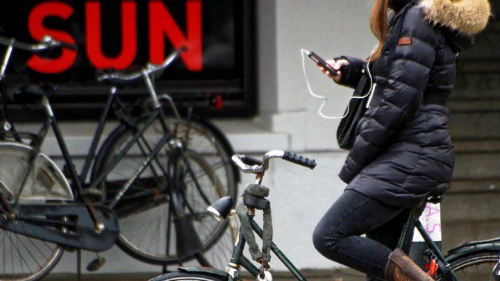 Appen op de fiets vanaf 1 juli 2019 verboden