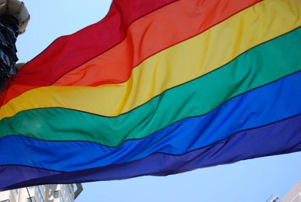 Tentoonstelling trotse transgendermodellen op coming out dag