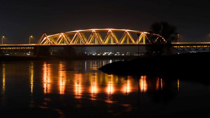 Arnhem kleurt oranje voor campagne tegen vrouwengeweld