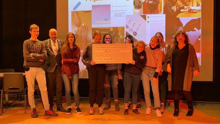 Arnhemse leerlingen brengen mensenhandel in beeld op Instagram