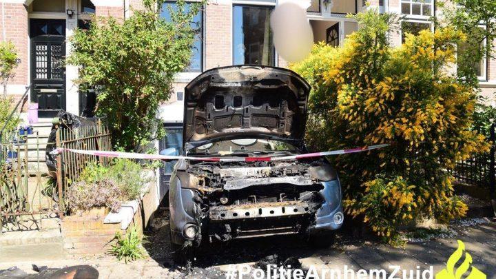 Zes autobranden in 1 nacht – blijf alert!
