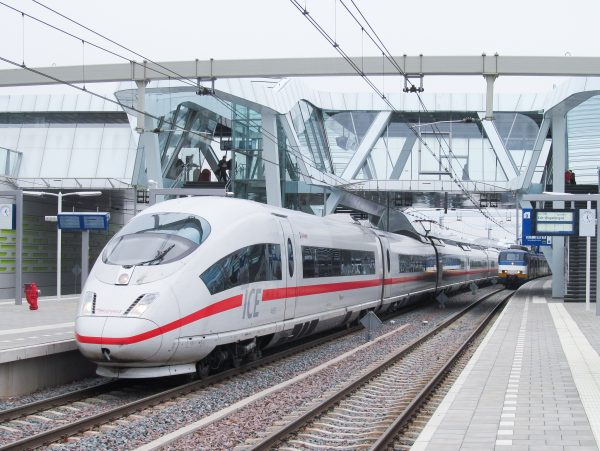 Investeer in sterkere spoorcorridor tussen Randstad, Arnhem en Ruhrgebied