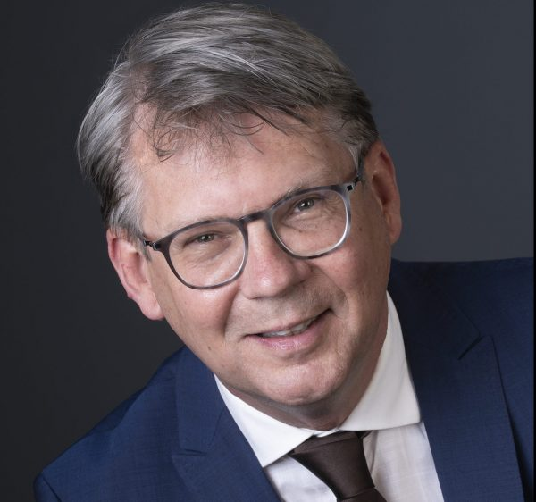 Jan Herman de Baas tijdelijk gemeentesecretaris gemeente Arnhem