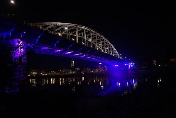 Arnhem kleurt blauw en roze. Aandacht voor overleden kindjes en vroeggeboorte in de Baby Loss Awareness Week